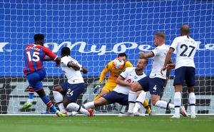 Jeffrey Schlupp netted Palace's equaliser on Sunday (Warren Little/PA)
