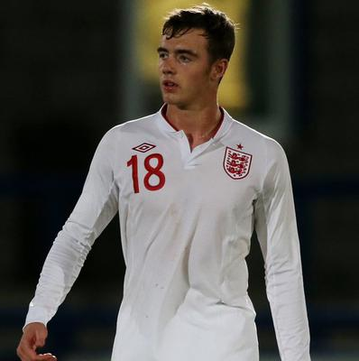 Calum Chambers has signed a new four-year deal with Southampton
