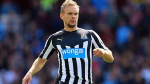 Newcastle midfielder Siem de Jong has returned to light training after a thigh injury