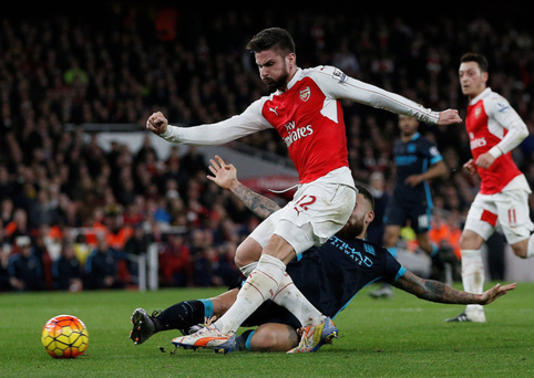 Shooting boots: Olivier Giroud fires Arsenal two in front