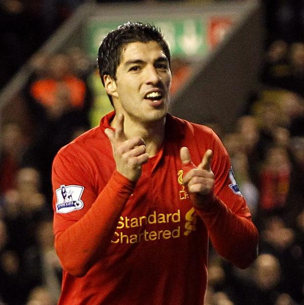 Luis Suarez wants to open talks over a new Liverpool deal