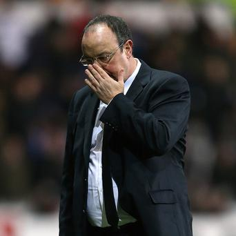 Rafael Benitez feels it will be 'difficult' to overtake Manchester United in the title race