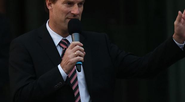 Michael Laudrup wants Swansea to focus on moving up the Barclays Premier League table.