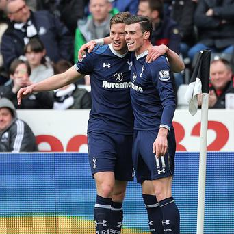 Gareth Bale, right, and Jan Vertonghen were both on target for Spurs