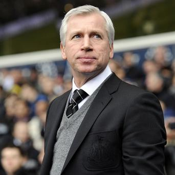 Alan Pardew has set his sights on three points against Fulham