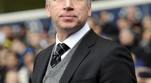 Alan Pardew wants both Newcastle and rivals Sunderland to stave off relegation