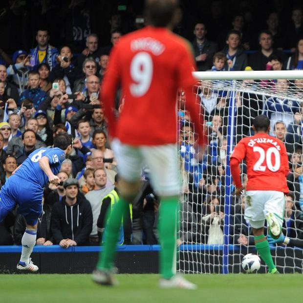 Frank Lampard scores from the spot