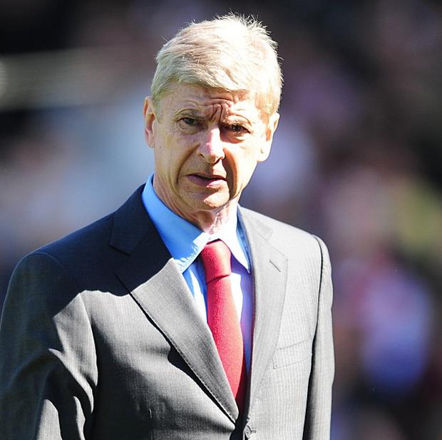 Arsene Wenger is confident Arsenal will finish in the top four
