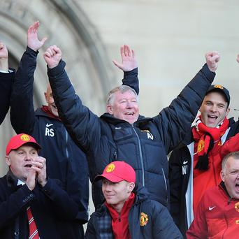 Sir Alex Ferguson, centre, will be replaced by David Moyes as Manchester United boss