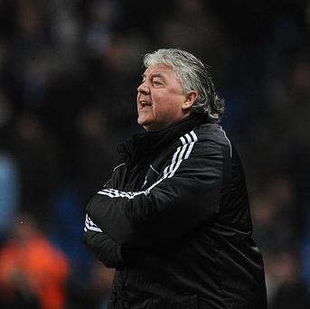 Joe Kinnear, pictured, is planning to meet up with Alan Pardew as soon as possible