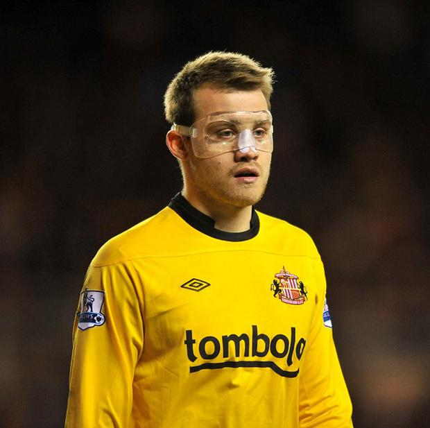 Simon Mignolet is inching closer to a move to Sunderland