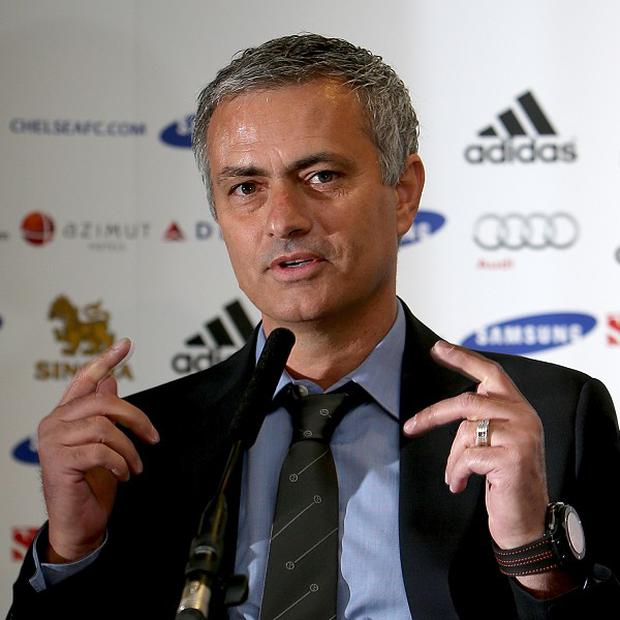 Jose Mourinho insists he is not playing mind games with David Moyes