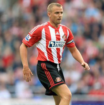 Lee Cattermole did not travel to Hong Kong with the Sunderland squad