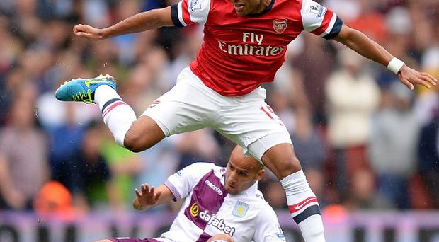 Alex Oxlade-Chamberlain detailed on his Twitter page that he was facing three months out of the game