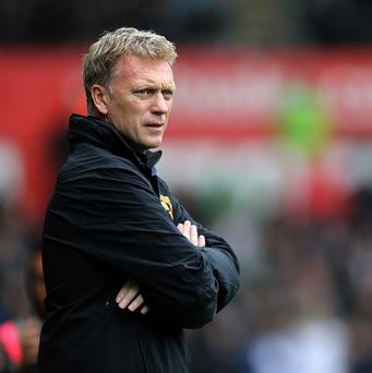 David Moyes, pictured, wants Marouane Fellaini and Leighton Baines to follow him to Manchester United