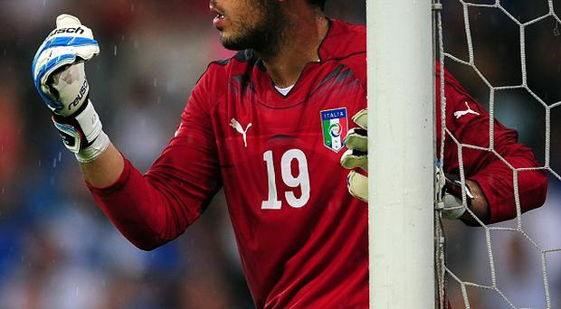 Emiliano Viviano has joined Arsenal