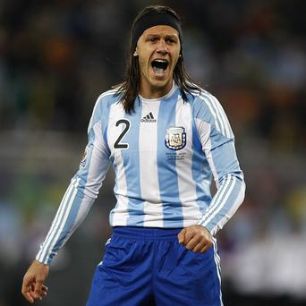 Martin Demichelis faces a lengthy wait for his Manchester City debut