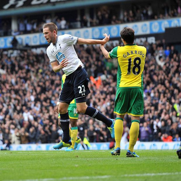 Gylfi Sigurdsson celebrates scoring first goal of the afternoon