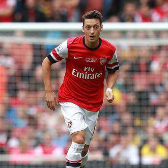 Mesut Ozil impressed on his Arsenal debut against Stoke