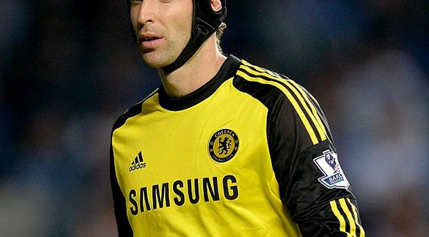 Chelsea goalkeeper Petr Cech has set his sights on winning the Barclays Premier League this season