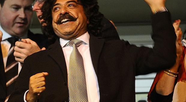 Shahid Khan has stressed his support for Martin Jol