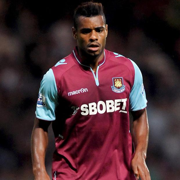 Ricardo Vaz Te dislocated his shoulder on Sunday
