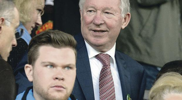Sir Alex Ferguson says new Man United boss David Moyes should not look back at the Reds Devils' history