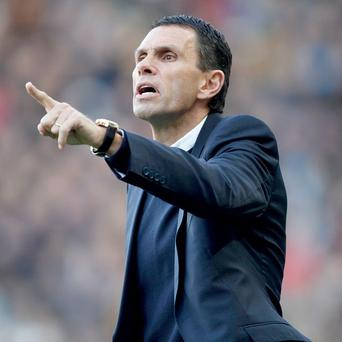 Gus Poyet's Sunderland face Manchester City at home on Sunday