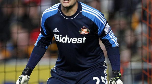 Vito Mannone is hoping to stay in Sunderland's team when they face Manchester City on Sunday