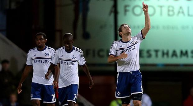 Frank Lampard, right, scored twice against his former club West Ham in a convincing win for Chelsea