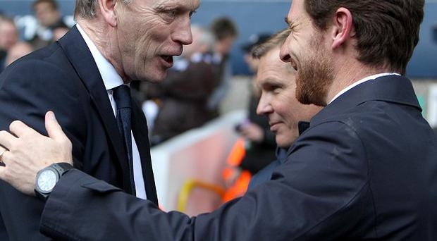 David Moyes, left, believes Andre Villas-Boas, right, will get things right at Spurs given time