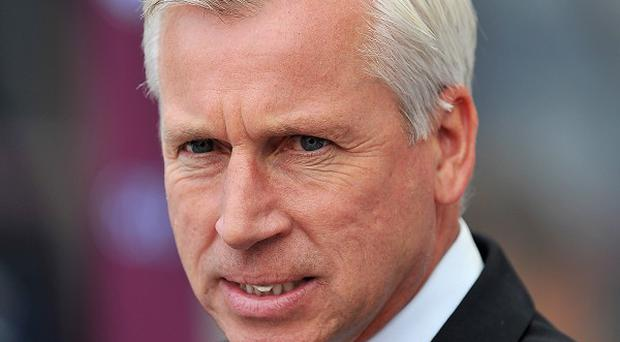 Alan Pardew, pictured, has led Newcastle to four consecutive wins
