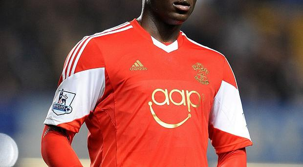 Victor Wanyama has a hairline fracture in his leg
