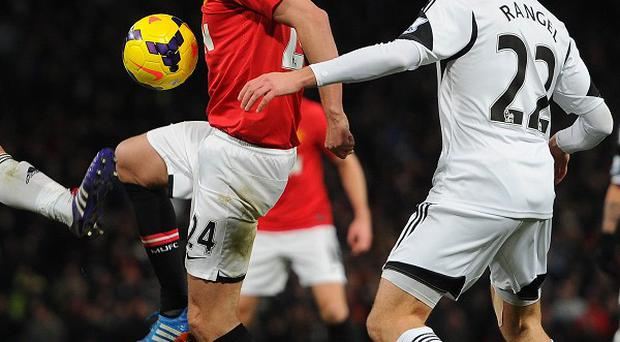 Darren Fletcher, centre, helped Manchester United beat Swansea at the weekend