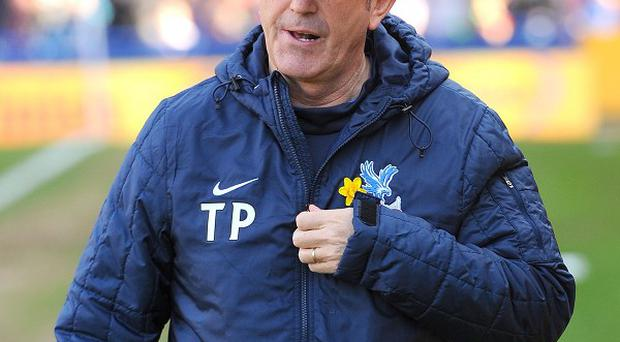 Tony Pulis wants his side to make life difficult for the leaders