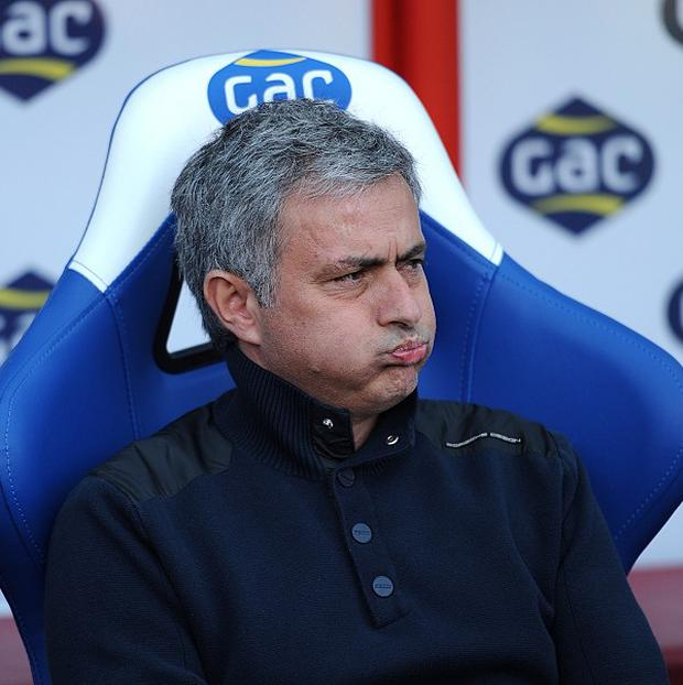 Jose Mourinho said Chelsea will not win the Premier League title