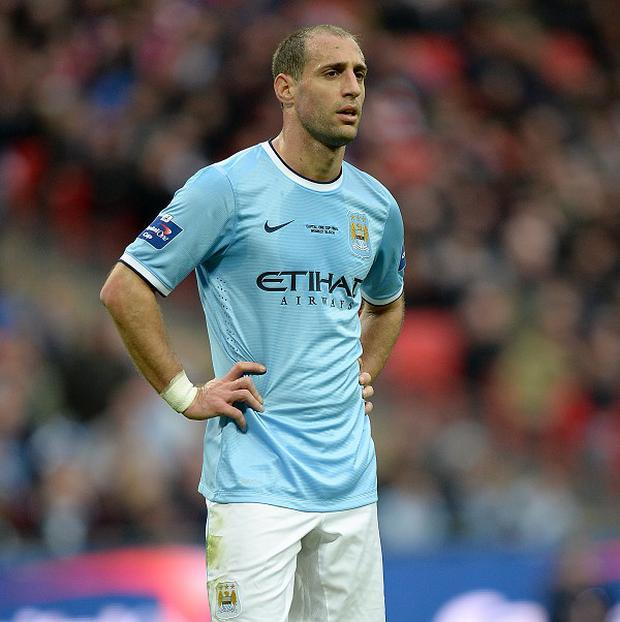 Pablo Zabaleta feels Manchester City must set out to win all their remaining games in the title race
