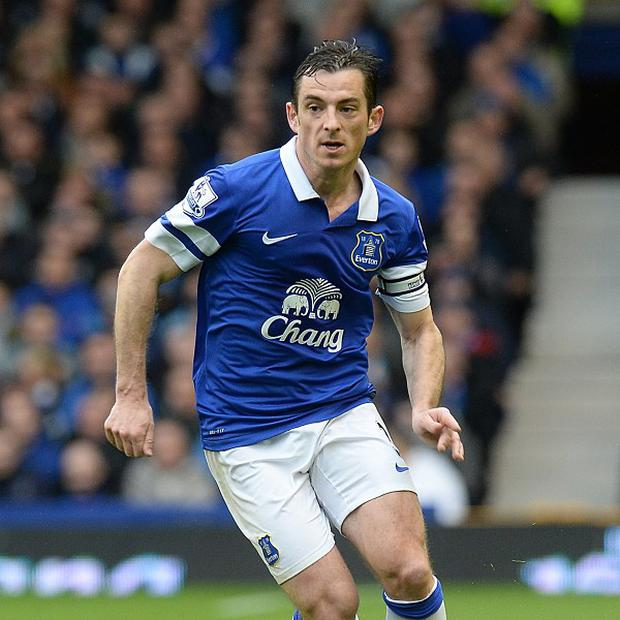 Everton defender Leighton Baines insists they will embrace the growing expectation associated with their bid for Champions League football