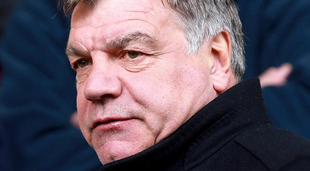 West Ham manager Sam Allardyce says recent criticism from the club's fans is 'nonsense'