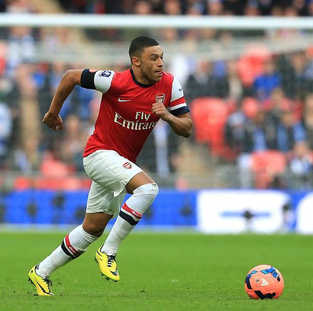 Arsenal midfielder Alex Oxlade-Chamberlain is hoping to be fit for the England World Cup squad