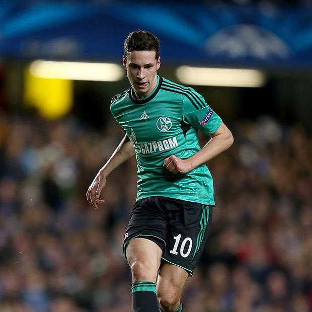 Julian Draxler insists he will be staying at Schalke