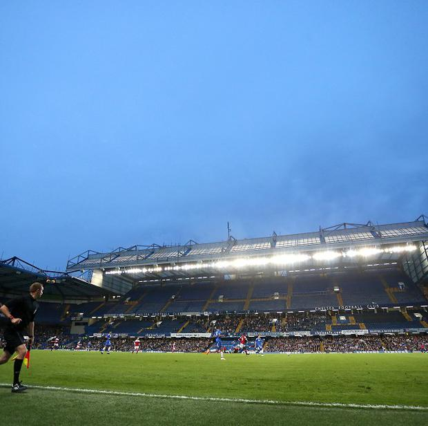 Chelsea owner Roman Abramovich has commissioned a study to explore the possibility of expanding the club's Stamford Bridge home
