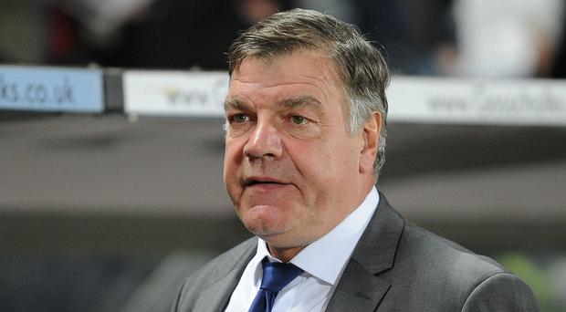 Sam Allardyce expects Manchester United to come out firing on Saturday