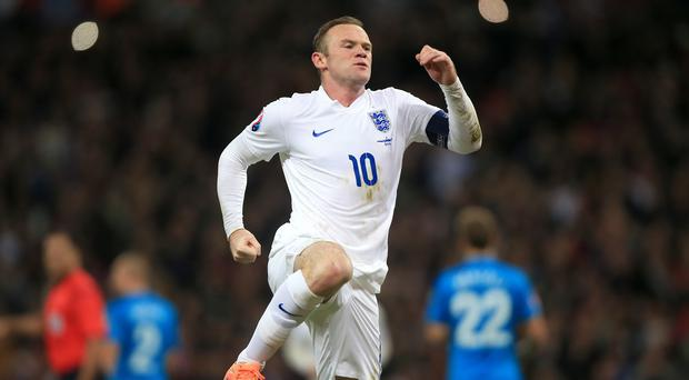 Bill Kenwright would welcome Wayne Rooney, pictured, back to Everton