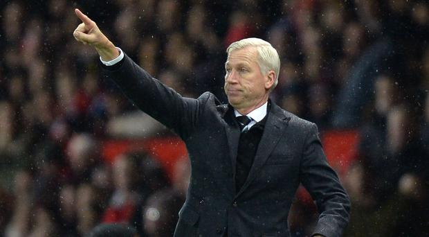 Newcastle manager Alan Pardew has emerged as a surprise candidate for the Crystal Palace vacancy