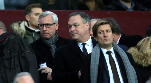 Alan Pardew, left, watched Crystal Palace draw with Aston Villa