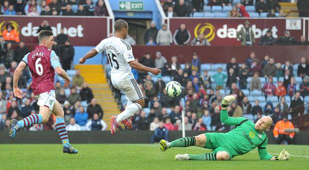 Wayne Routledge missed a late chance to make it 2-0 during Swansea's 1-0 win at Aston Villa