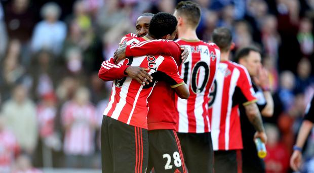 Jermain Defoe's stunning goal settled the Wear-Tyne derby