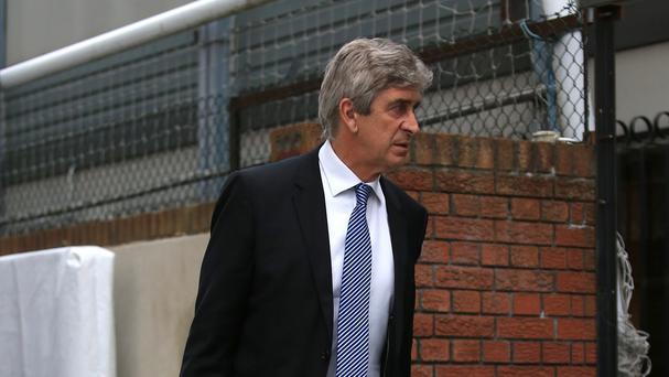 Manchester City manager Manuel Pellegrini expects a tough derby battle against Manchester United