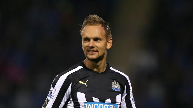 Newcastle midfielder Siem de Jong is targeting a return from his eight-month injury nightmare against Swansea